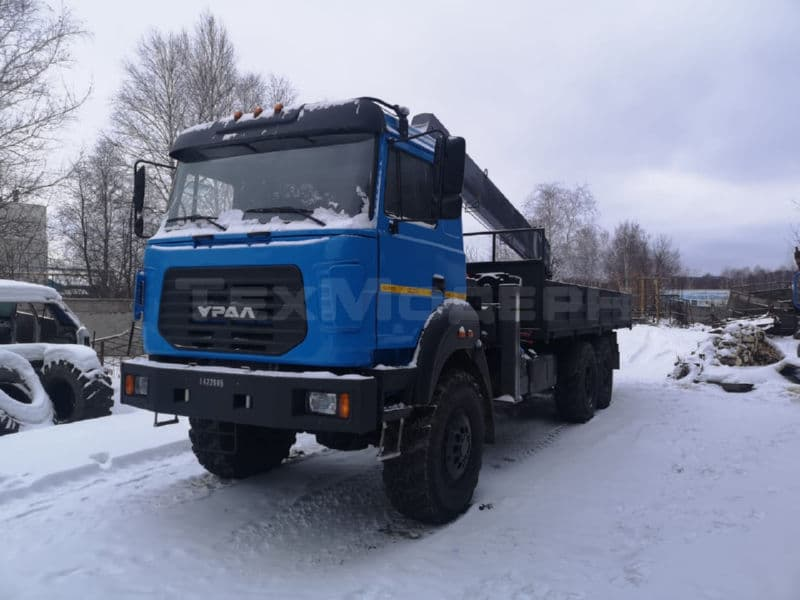 Урал 4320-82М с КМУ HORYONG HRS217